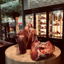 Farma-messinias-store-meat-0004